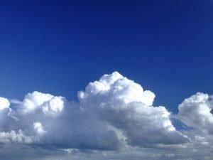 cielo-blu-sopra-le-nuvole